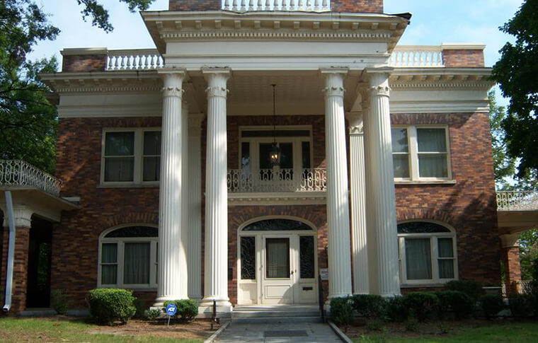 Typical southern mansion