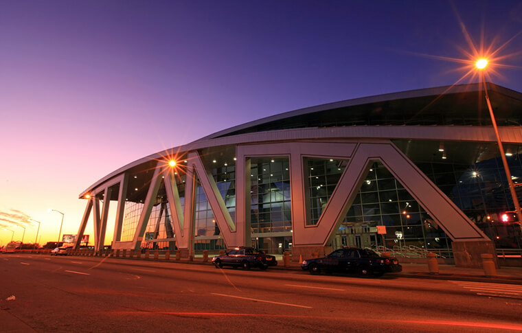 State Farm Arena at night